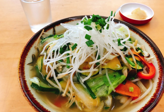 Q.石垣島で野菜そばのおいしいお店は?